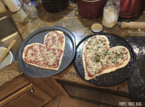 Pizza is for lovers 2-01